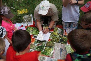 Jugendgruppe und Sielmann Natur-Ranger machen gemeinsame Exkursion am Altrhein